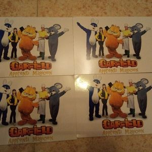 4 cartes postales Garfield