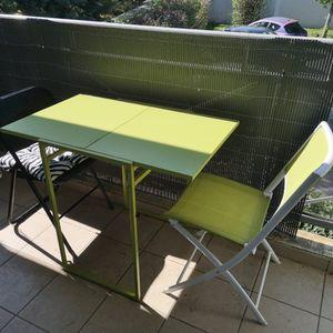 Table pliante verte + chaise pliante verte