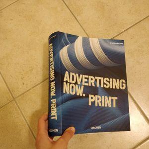 Livre Taschen sur la Publicité
