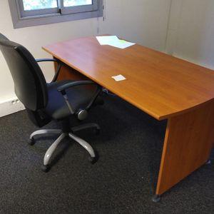 Lot bureau chaise et servante