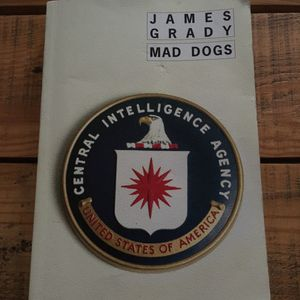 Roman «Mad Dogs» de James Grady