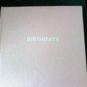 Cahier pour marquer les anniversaires