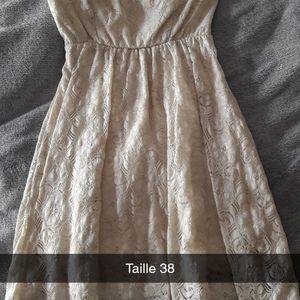 Petite robe courte taille 38
