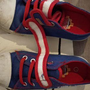 Chaussures pointure 26