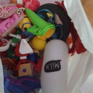 Lot de petits  jouets