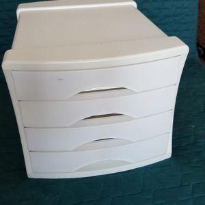 Tiroir plastique blanc pour bureau