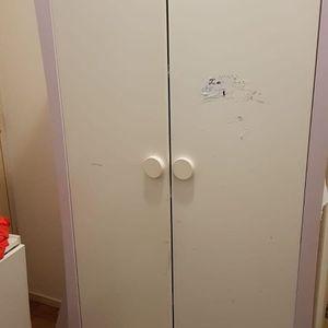Donne armoire en l état