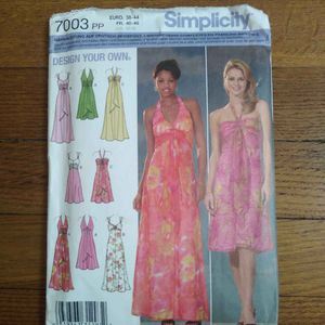 Patronnages robes Simplicity 7003