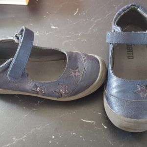 Chaussures taille 28