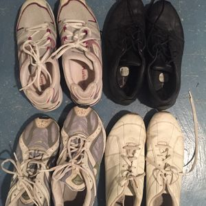 4 paires de chaussures de sport pointure 40