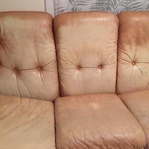 Canapé 3 places et qui fait lit