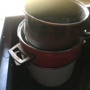 Lot casseroles pour chiens