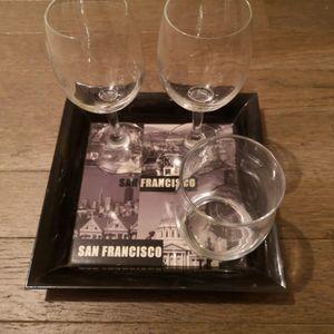 Petit plateau et verres