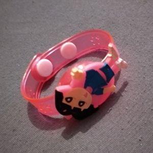 Bracelet avec Dasha.