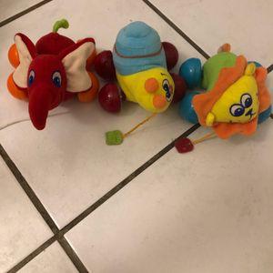 Petits jouets à tirer