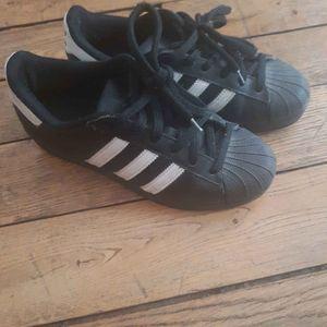 Adidas 37