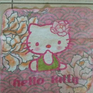Serviette hello Kitty 20 cm sur 20 cm