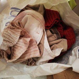 Sac de chutes de tissus / vêtements à recycler