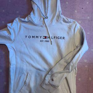Sweat Tommy femme