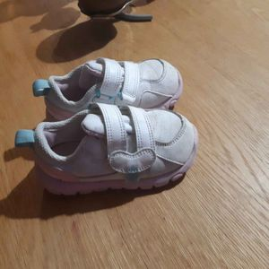 Baskets bébé 22
