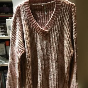 Jolie pull taille M/L