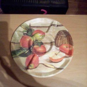 Assiette apéritif en plastique