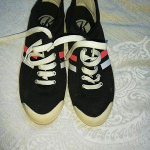 Baskets noires t 39