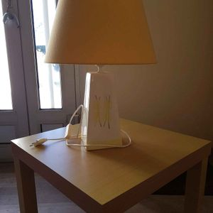 Donne lampe de table