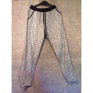 Pantalon jogging Taille 36