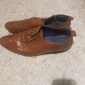 Chaussures en cuir homme taille 43