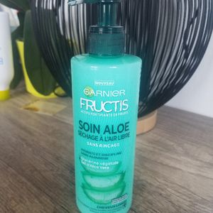 Soin sans rinçage cheveux longs fructis