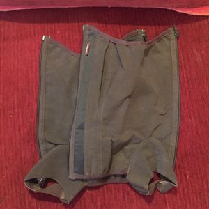 Chaps taille 6/8 ans
