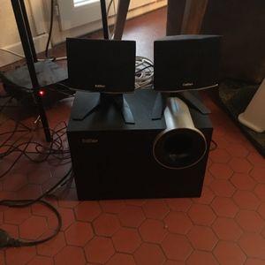 Enceinte d ordinateur avec caisson de basse