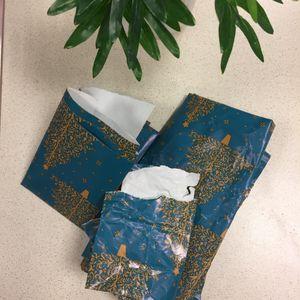 Chutes de papier cadeau