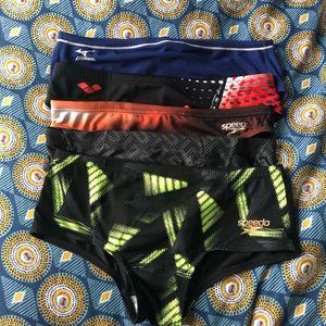 Lot de maillots et shorts de bain homme TF 80