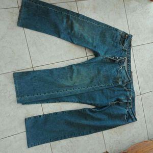 Lot de 2 jeans taille 42-44