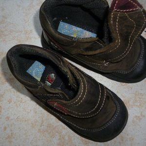 Chaussures  garçon Pointure 22