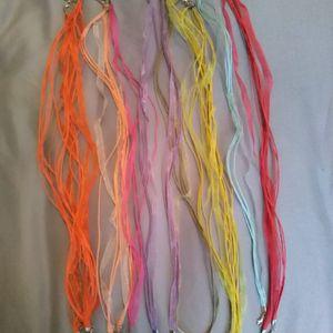 Lot colliers rubans