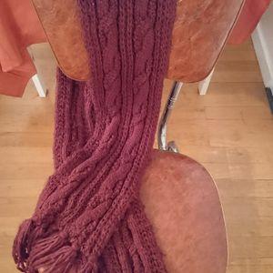 Écharpe tricot bordeau