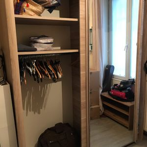 URGENT: Donne armoire pour cause de déménagement