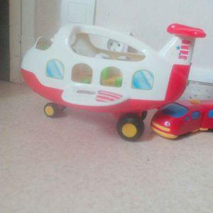 Petit avion en plastique pour enfant de 2 ans