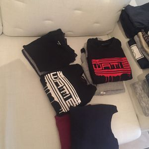 Pull et tee-shirts