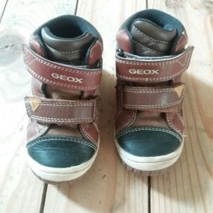 Chaussure t22