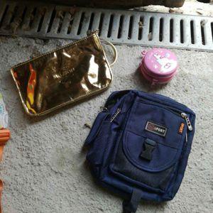 3 petits sacs