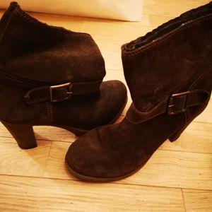 Boots à talon daim marron
