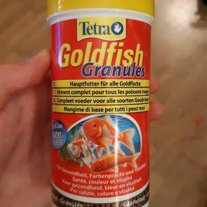 Nourriture poissons rouges