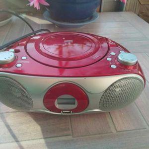 Magnifique poste radio rouge