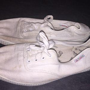 Chaussures en toile Victoria pointure 39