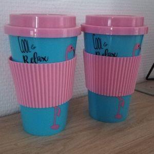 Mugs plastiques