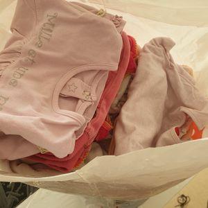 Vêtements déjà bien servi. 12mois fille